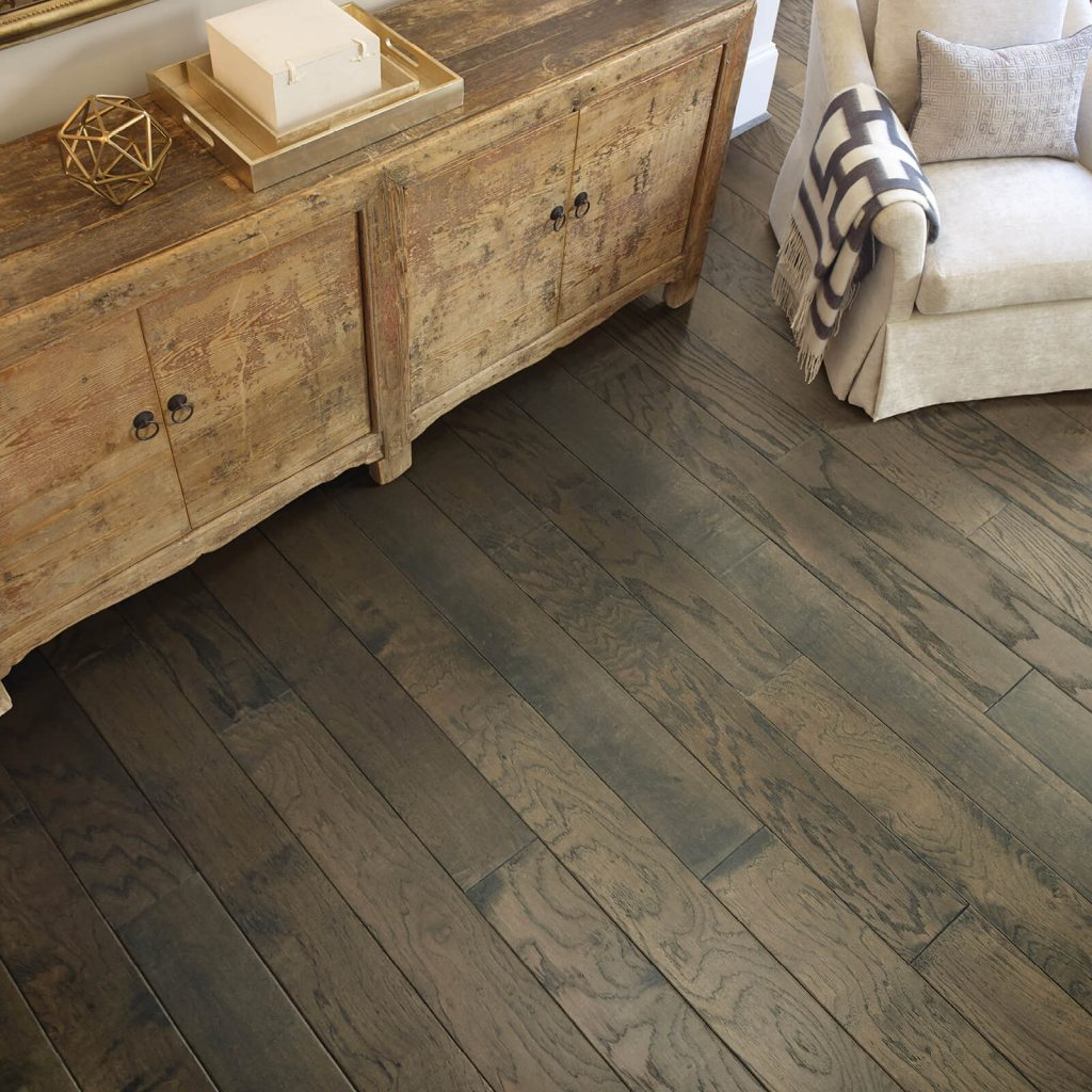 Hardwood flooring | Assured Flooring